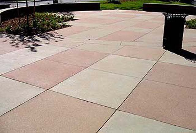 Exposed aggregate concrete paving